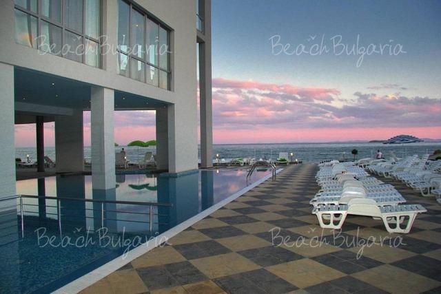 Moonlight hotel2