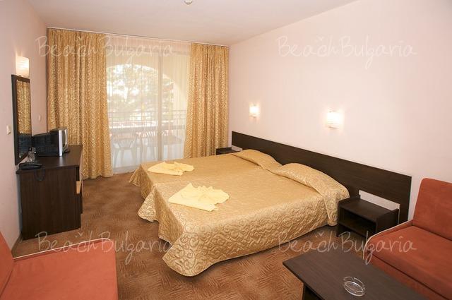 Yavor Palace hotel4