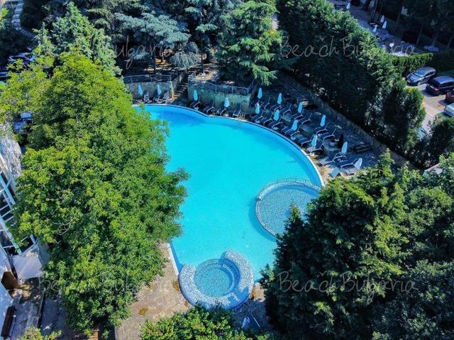 Excelsior Hotel2