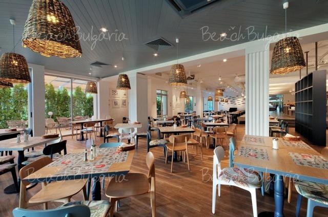 Excelsior Hotel3