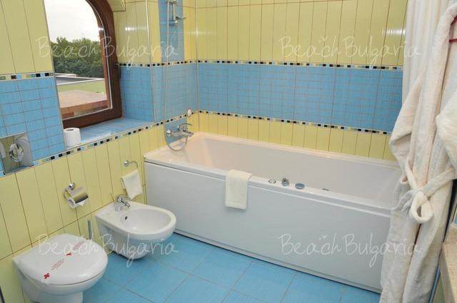 Mirage hotel15