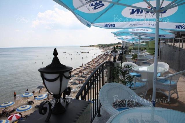 Mirage hotel8