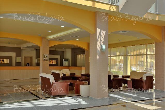 Midia Grand Resort12