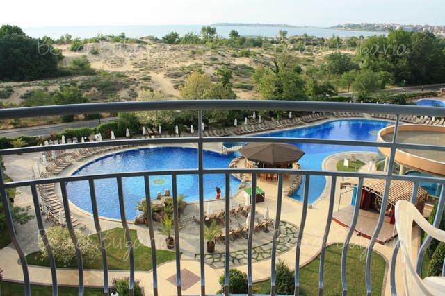 Tiara Beach hotel19