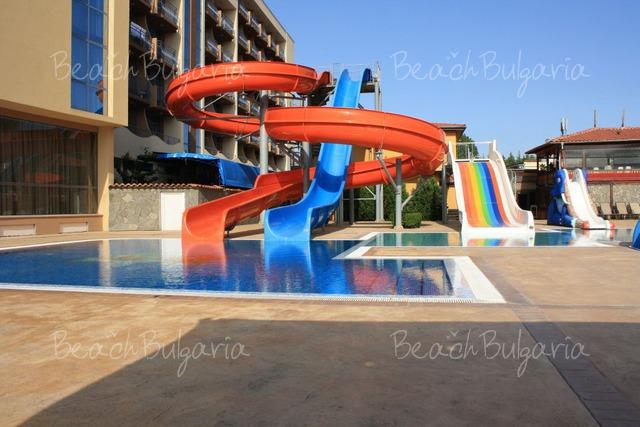 Tiara Beach hotel36