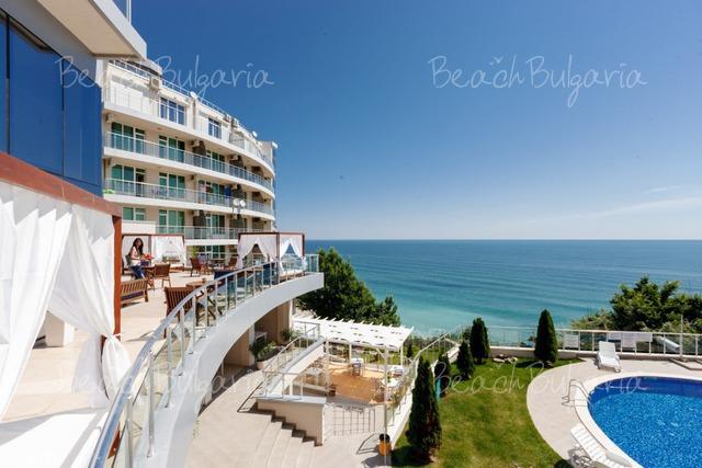 Silver Beach Resort