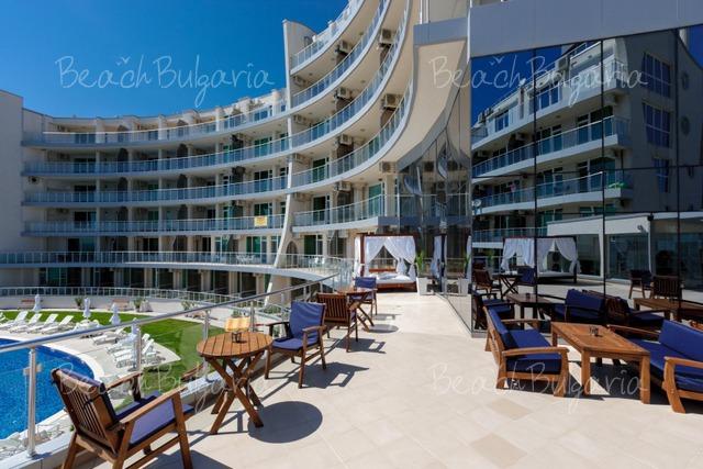 Silver Beach Resort2