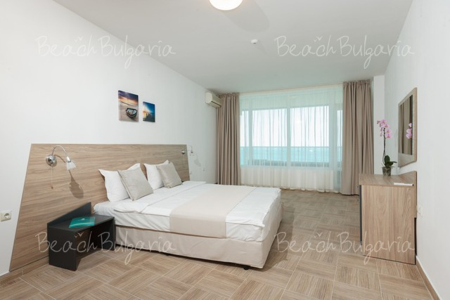 Silver Beach Resort20