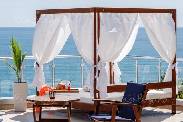 Silver Beach Resort31