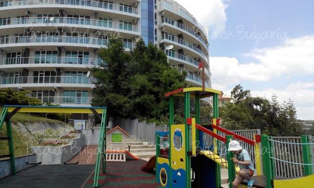 Silver Beach Resort33