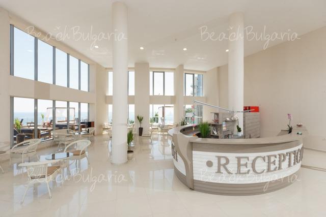 Silver Beach Resort6