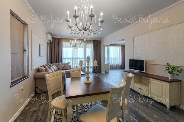 Sunny Castle hotel13