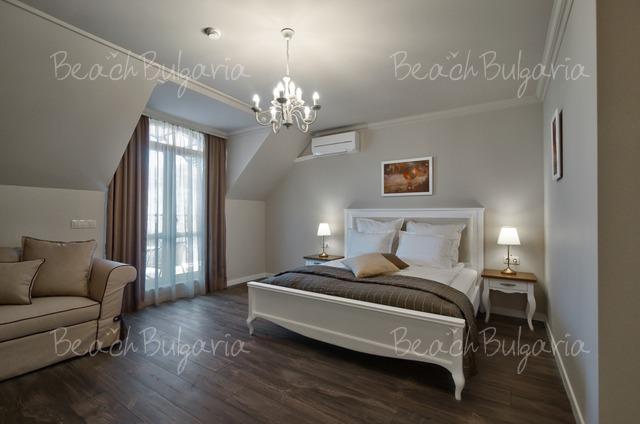 Sunny Castle hotel17