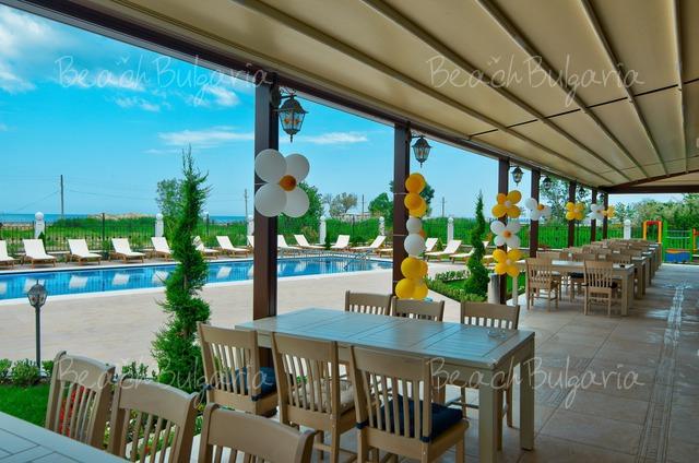Sunny Castle hotel25