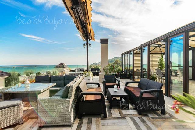 Sunny Castle hotel27