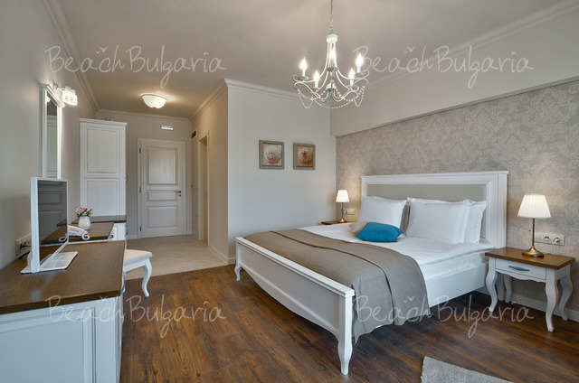 Sunny Castle hotel4