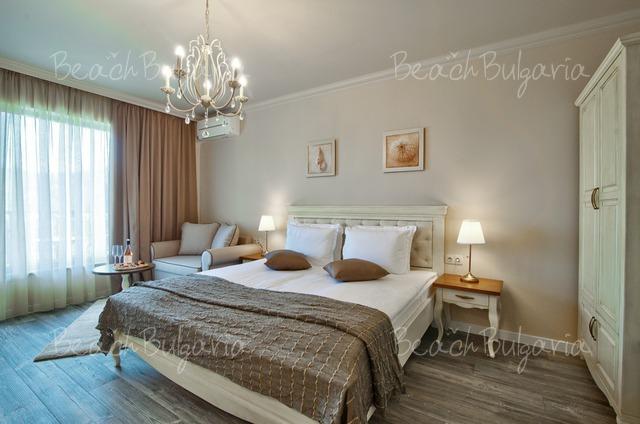 Sunny Castle hotel7