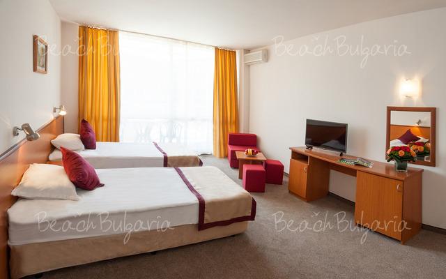 Aronia Beach hotel10