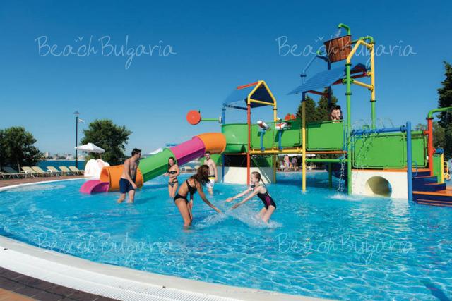 Riu Helios Paradise Hotel24
