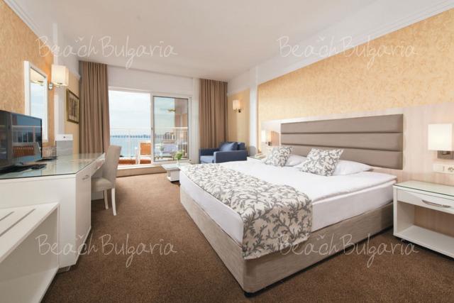 Riu Helios Paradise Hotel6