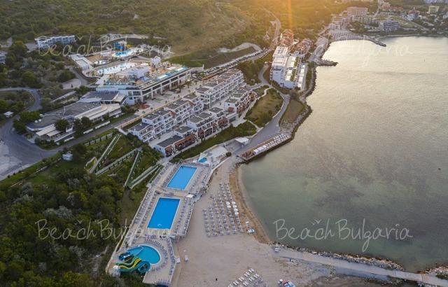 Hotel White Lagoon2