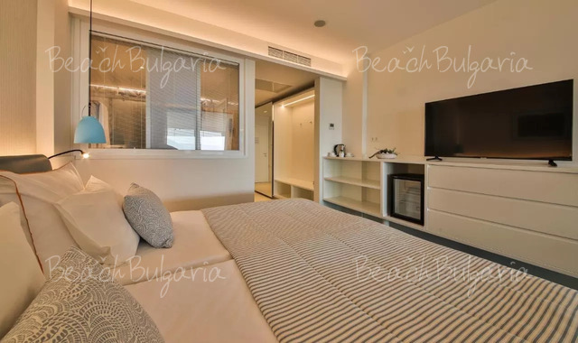Hotel White Lagoon21