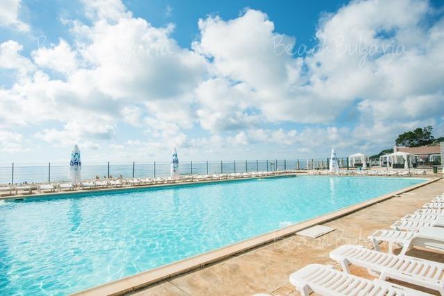 Effect Algara Beach Club Hotel15