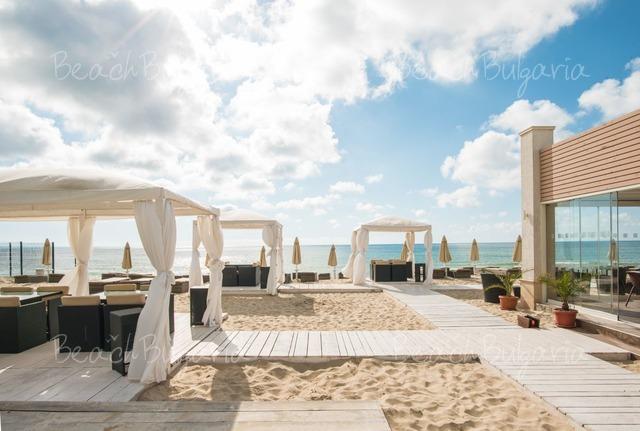 Effect Algara Beach Club Hotel4