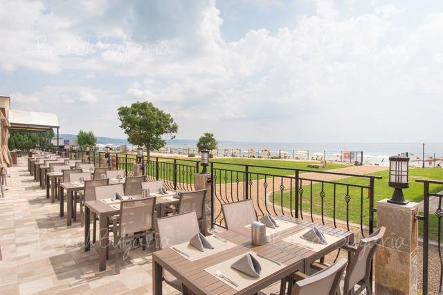 Effect Algara Beach Club Hotel10