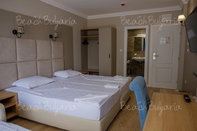 Veramar Beach Hotel18