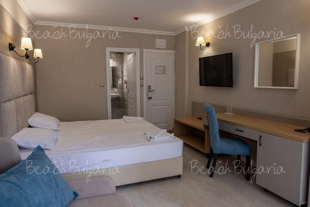 Veramar Beach Hotel22