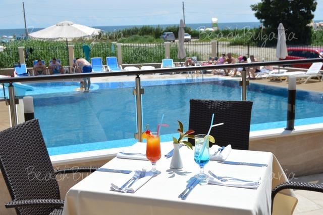 Veramar Beach Hotel8
