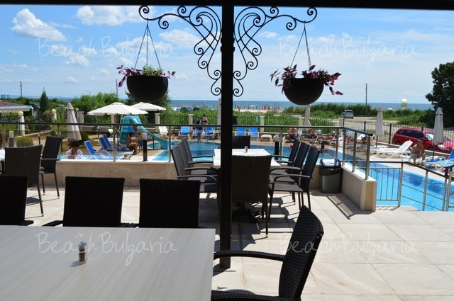 Veramar Beach Hotel9