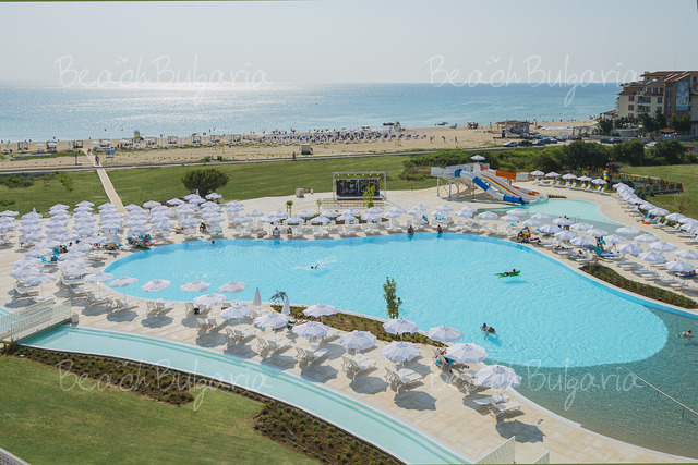 Sunrise Blue Magic Resort13