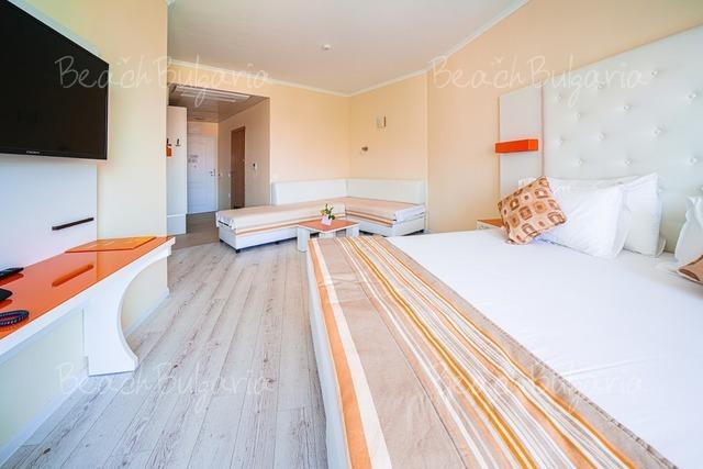 Serenity Bay Hotel19