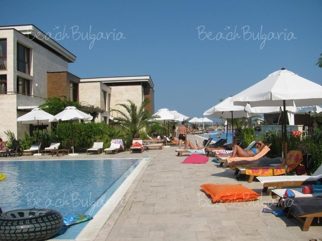 Apolonia resort11