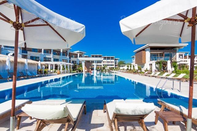 Apolonia resort8