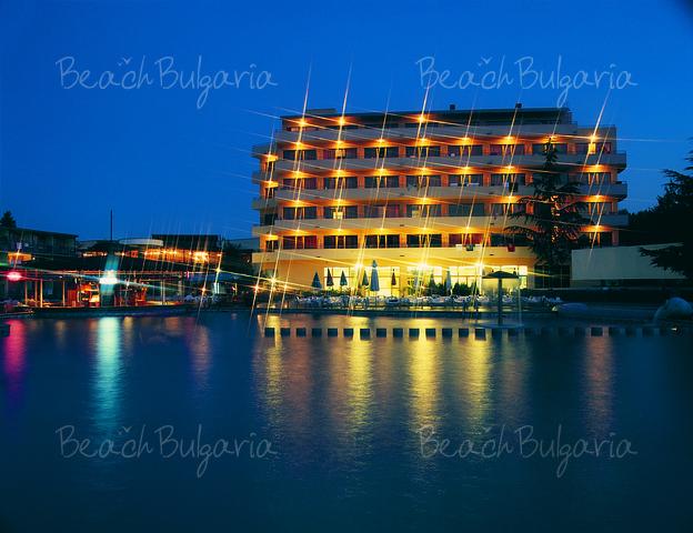 Continental Prima Hotel14