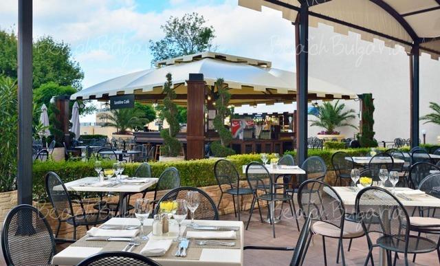 Melia Hotel Grand Hermitage8