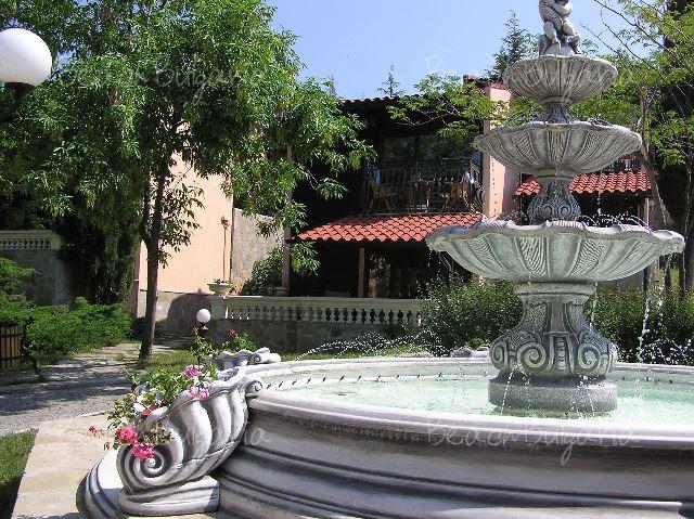 Elenite Villas15