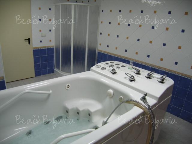 Riviera Beach Hotel16