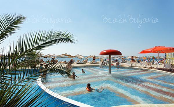 Dolphin Marina Hotel12