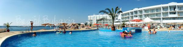 Dolphin Marina Hotel17