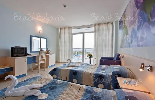 Dolphin Marina Hotel6