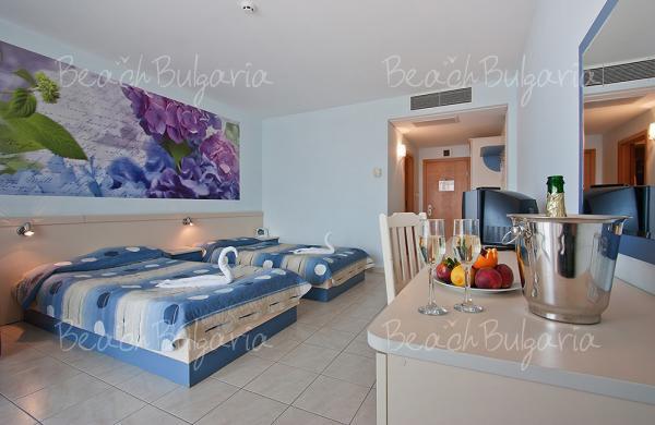 Dolphin Marina Hotel7
