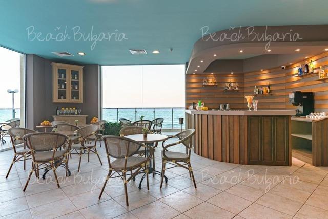 Marina Hotel20