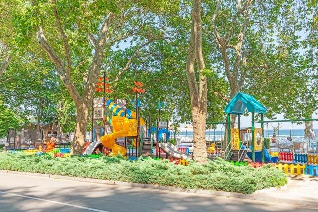Marina Hotel7