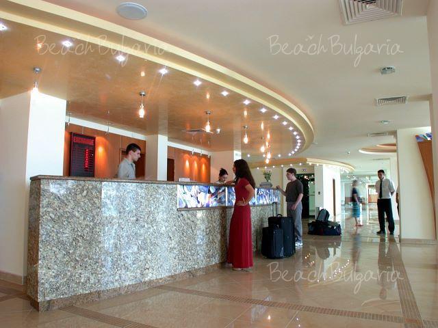 Mirage Hotel3