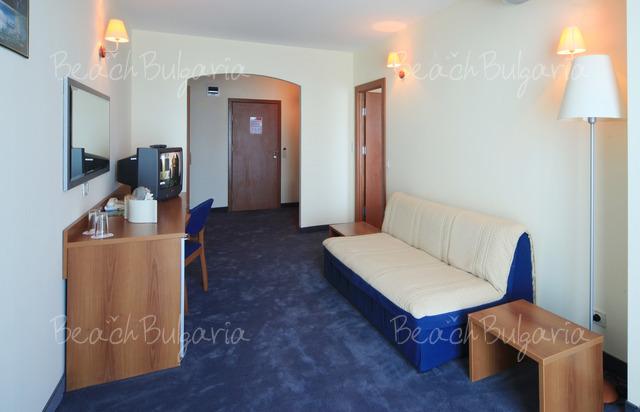 Mirage Hotel7