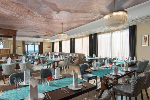 Palace Hotel20
